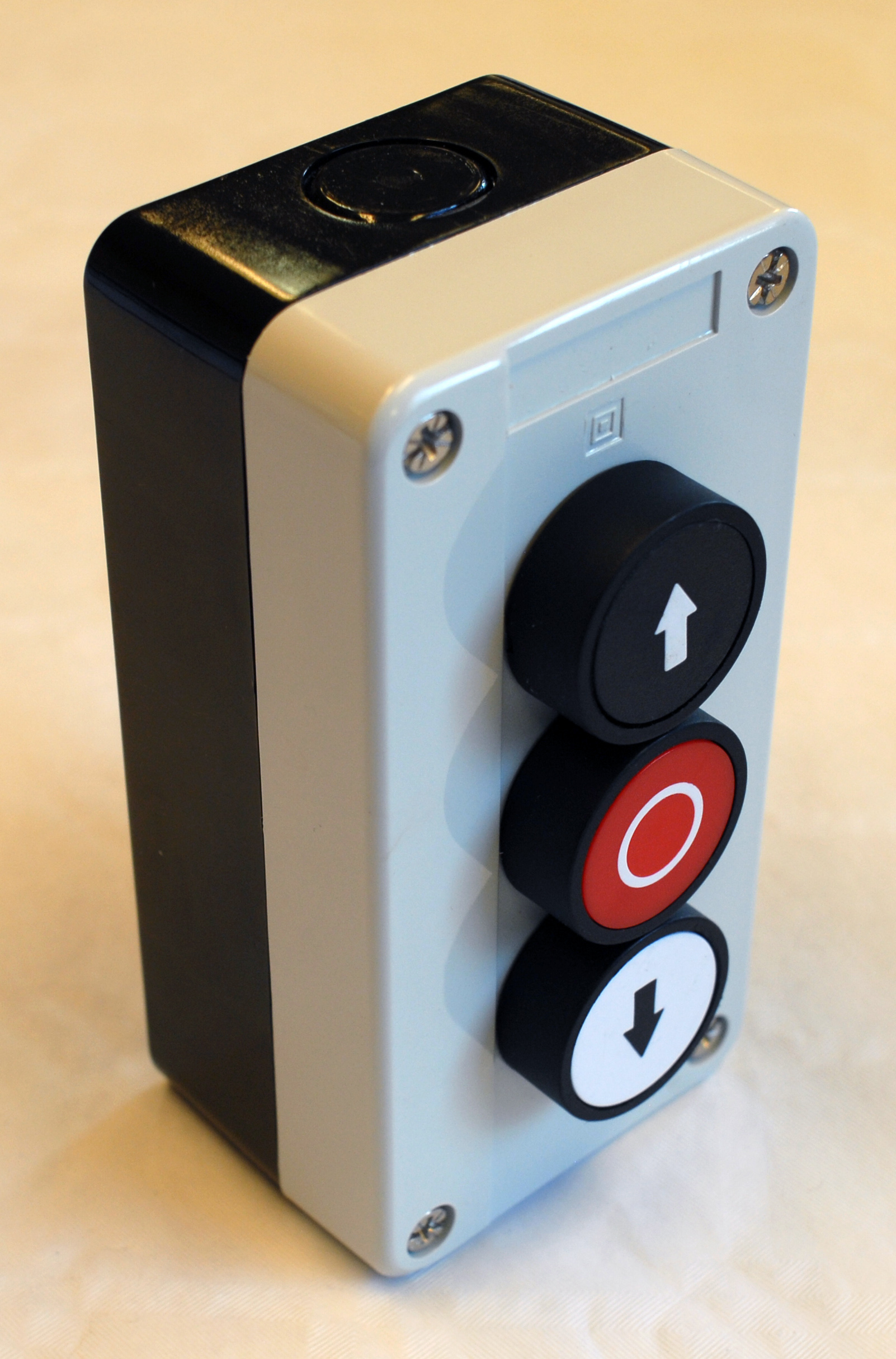 Industry Door Control Station With 3 Push Button In A